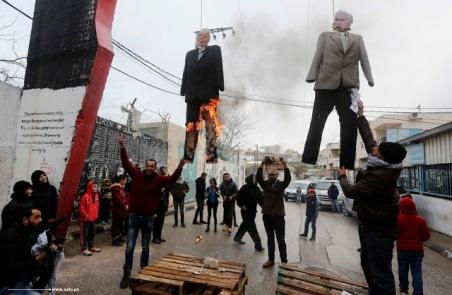 Fake lynching